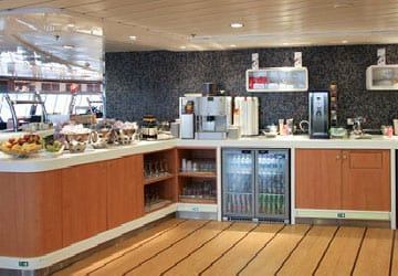 stena_line_stena_adventurer_stena_plus_lounge_self_service
